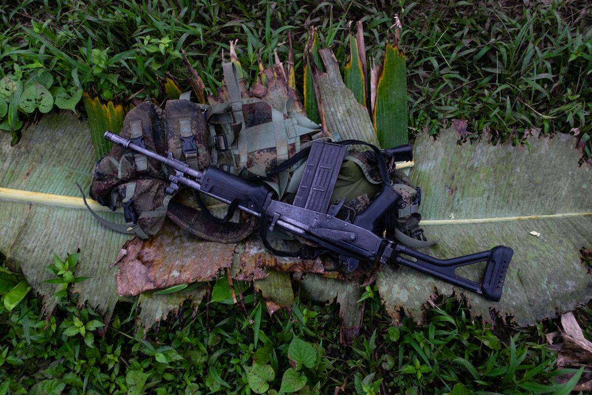 Detalle de un fusil pertenciente a un combatiente del ELN